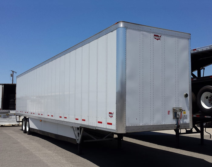 US Trailer Rental Sales Lease and Storage Buys Rents and Repairs All Commercial Trailers Reefers Flatbeds and Dry Vans image_20171206_043847_37