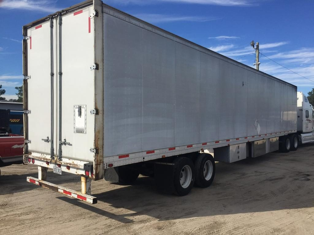 US Trailer Rental Sales Lease and Storage Buys Rents and Repairs All Commercial Trailers Reefers Flatbeds and Dry Vans image_20171206_043852_112