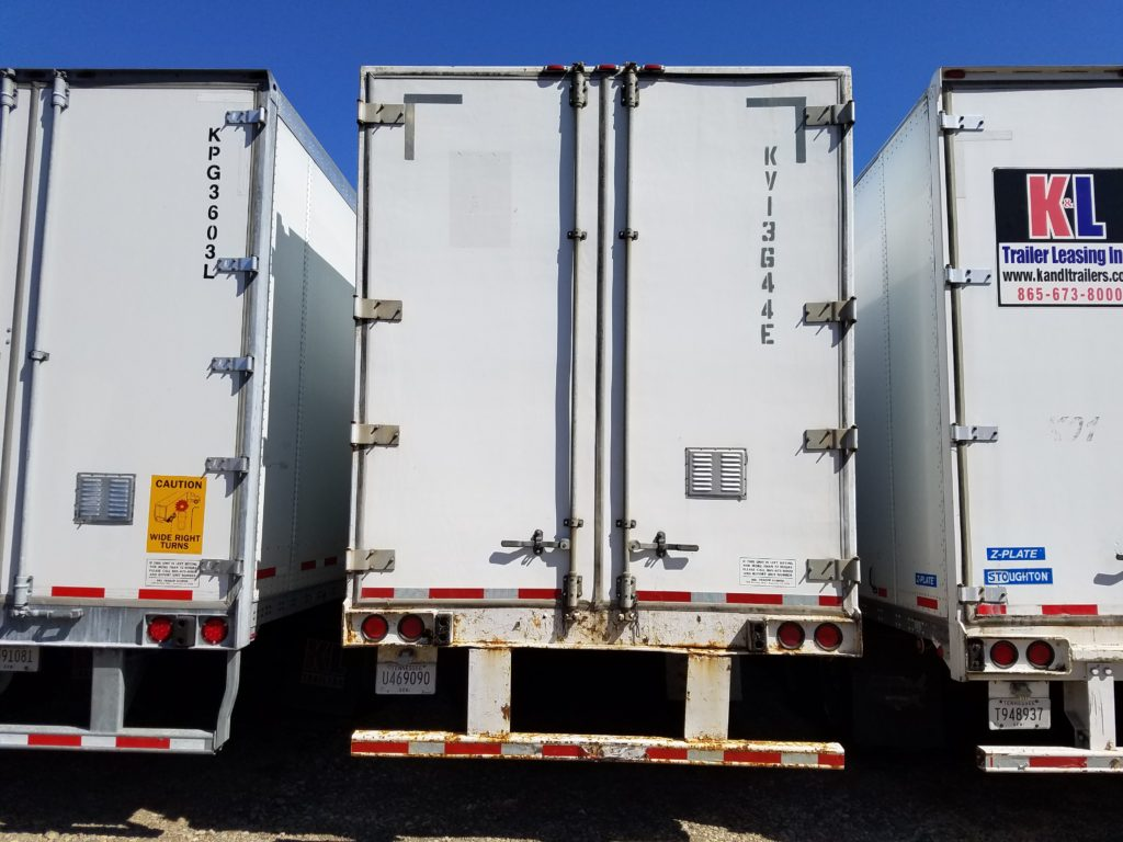US Trailer Rental Sales Lease and Storage Buys Rents and Repairs All Commercial Trailers Reefers Flatbeds and Dry Vans image_20171206_043853_118